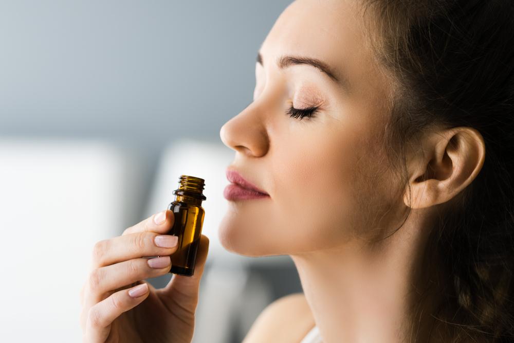 huiles essentiel nez odorat